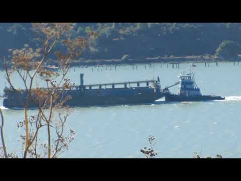 Barbara Lind transiting Carquinez Strait with her tank barge
