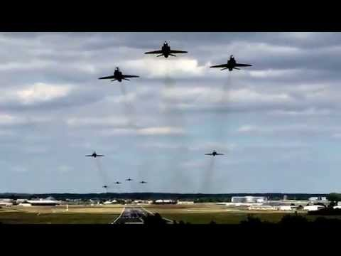 RAF Red Arrows Leaving Farnborough Airport 27th June 2015