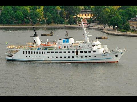 Shipsforsale Sweden passenger vessel Saga Lejon Christmas cuise in Stockholm. Sold.