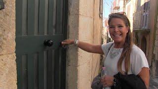Cecilia, l'argentina che ha comprato casa a un euro in Sicilia: