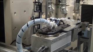 4500kN油圧サーボプレス(パンチ交換装置付き)