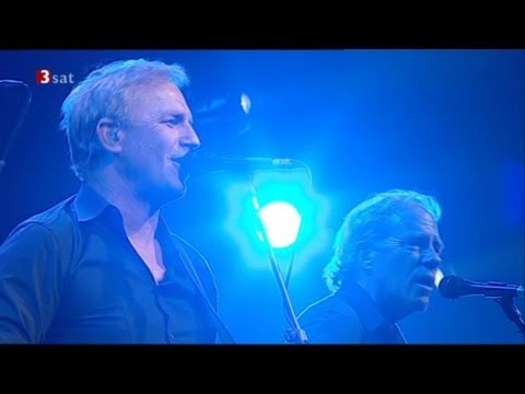 "Kevin Costner & Modern West - "" 90 Miles An Hour ""- live"