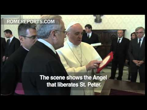 Pope Francis welcomes Lebanese president, Syria and Middle East security on the agenda