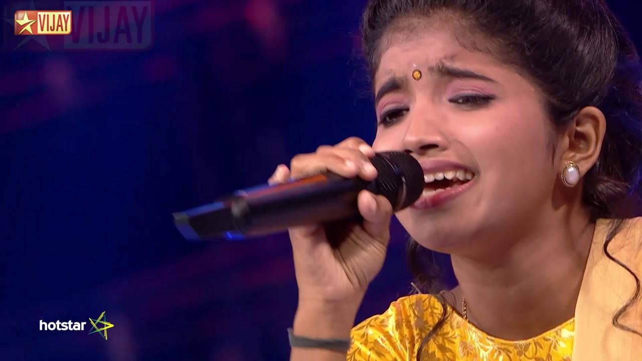 Download Ninaithen Vanthai Nooru Vayathu by Gowri