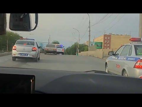 Екатеринбург: полицейские устроили погоню со стрельбой