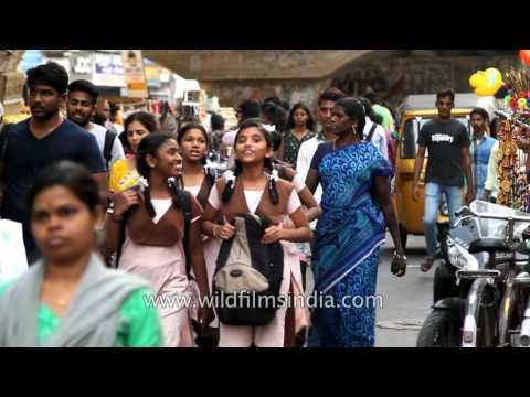 Low price street market at T Nagar in Chennai,Tamil Nadu