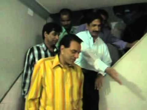 Inauguration Dharmendra color Lab, Dharam ji (15/10/2004)