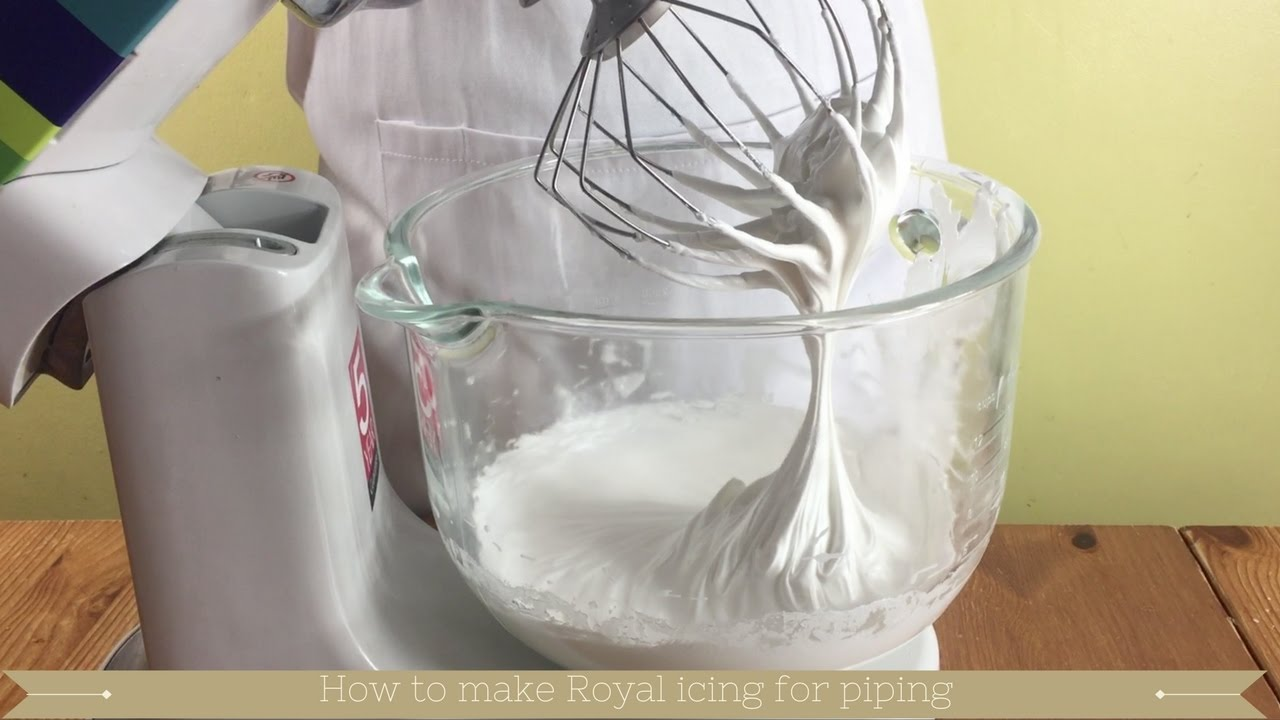 How to make Royal icing for piping - YouTube