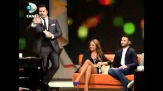 Ell & Nikki -  Beyaz Show (10.06.2011) part 2
