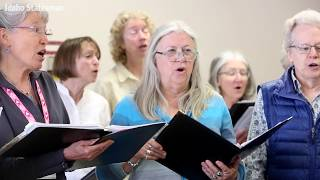 Singers find — and bring joy — to people in hospice and assisted living