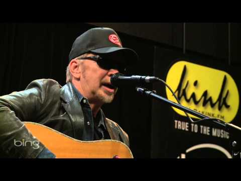 Dave Alvin - Interview (Bing Lounge)