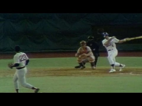 1974 ASG: Garvey doubles in 4th to tie the game