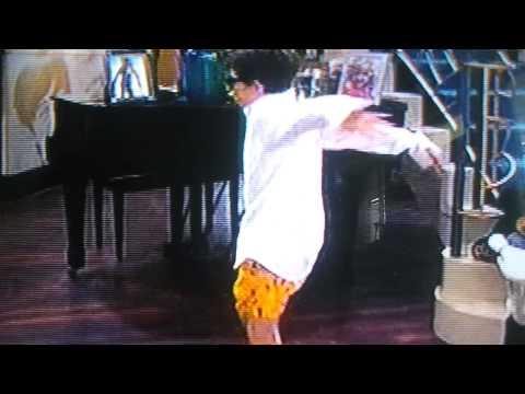Luke dancing in underpants (Jessie)