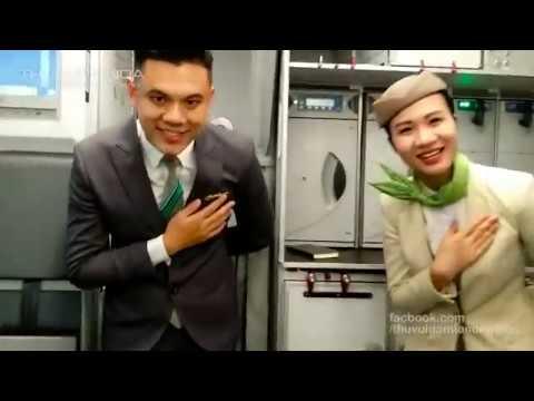Trải nghiệm máy bay mới cực đẹp và rộng  của Bamboo Airways l Máy bay có chỗ sạc điện thoại luôn