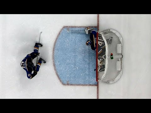Blues' Hutton keeps St. Louis in it with incredible pad save in OT