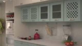 видео Натяжные потолки на кухне - отзывы и рекомендации по уходу