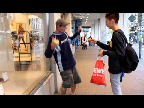 Make the Homeless Smile (Karlsruhe, Germany)