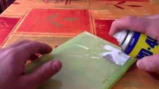 Décoller une étiquette - Nettoyer un boîtier DVD