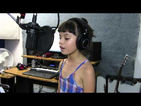 Chandelier - SIa (Cover by Alessandra Cowan 8yrs)