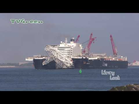 Pioneering Spirit - Heavy lift and Heavy cargo ship