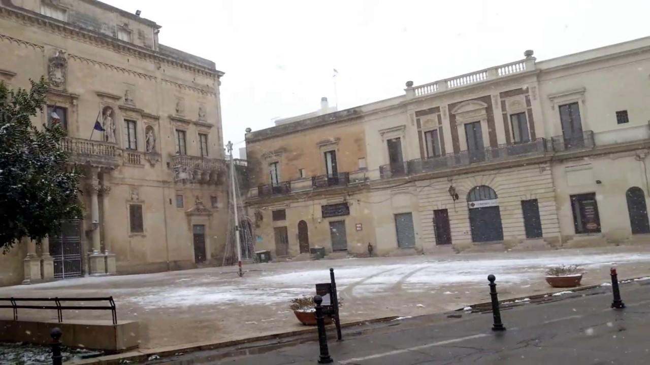 La neve a san cesario di lecce youtube for Albanese arredamenti san cesario lecce