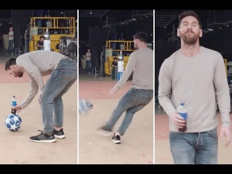 Lionel Messi Bottle Flip Challenge ● Messi Amazing Pepsi Trickshot 2019 | HD NEW