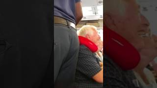 American Airlines Flight 759 Athens to Philadelphia - After Turbulence - Landing