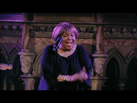 "Mavis Staples - ""Love And Trust"" (Live)"