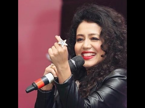 kala chasma কালা চশমা - ঢাকা by neha kakkar live video at dhaka