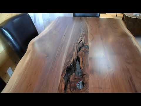 table en noyer live edge