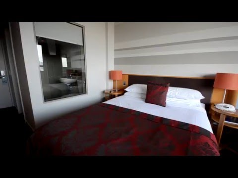 North Sydney Harbour View Hotel Review | The Trouvaille
