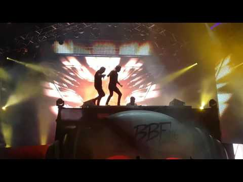 Calling (Lose My Mind) [Axwell Λ Ingrosso & Alesso Live at Barcelona Beach Festival 2016 ]