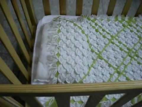 Colcha para cunita de beb hecha de lana f cil de hacer - Como hacer una colcha de ganchillo ...