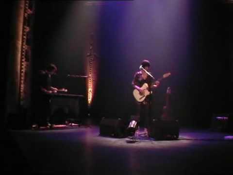 Pauline Croze - Les Gens Qui Jasent @ Festival Fragile 2009