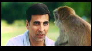 monkey fight akshay kumar vs monkey housefull comedy scene .mov