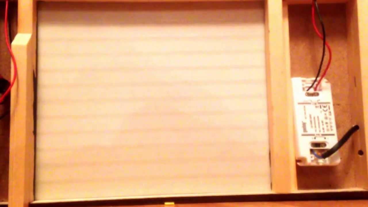 Electric Garagedoors In My 1 10 Scale Diorama Garage Youtube