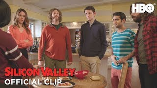 Silicon Valley: Season 4 Episode 4: Not Hotdog (HBO)