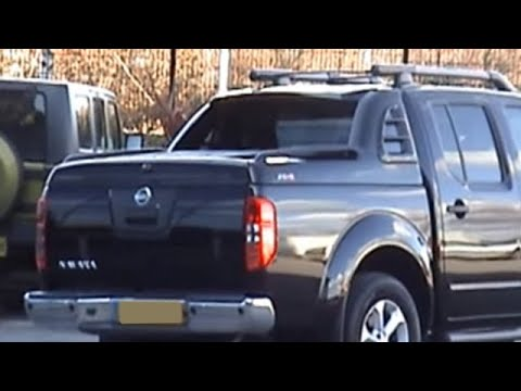NISSAN NAVARA D40 Alpha Fullbox Trucktop Tonneau pick up bed cover - YouTube & NISSAN NAVARA D40 Alpha Fullbox Trucktop Tonneau pick up bed cover ...