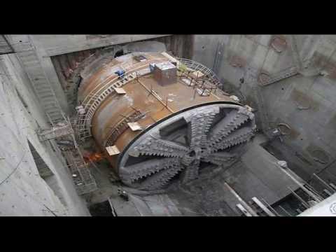 Жалуешься на плохую работу? Посмотри! Какие условия на строительстве метро. г. Москва.