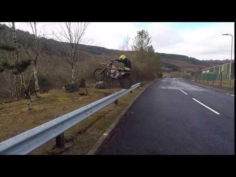 crash barrier