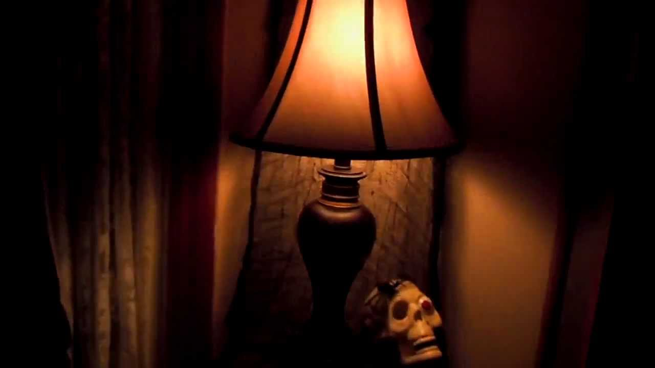 spooky flicker light - youtube