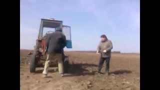 Ciągnik t-25 odpalanie za pomocą sznurka