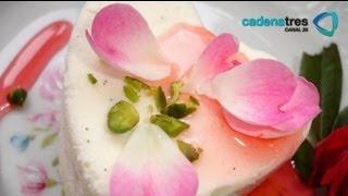 flan de pétalos de rosas pistaches y frambuesas