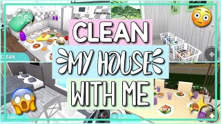 ROBLOX BLOXBURG | Clean My House With Me!