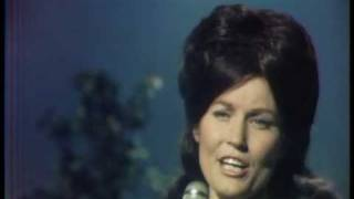 Watch Loretta Lynn If You Miss Heaven youll Miss It All video