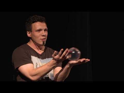 Счастье здесь и сейчас | Nikolai Giriavets | TEDxVladivostok