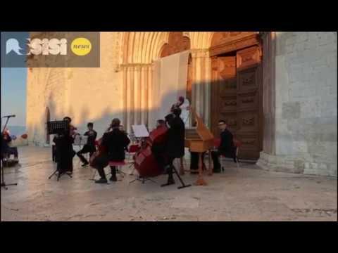 Assisi, concerto all'alba sul prato della Basilica di San Francesco 22 giugno 2018