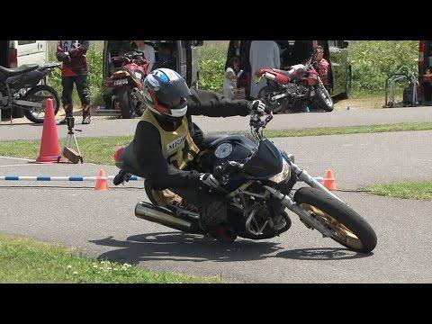 2017 5 14 Ehime Dunlop Moto Gymkhana Lady いし子 選手 VTR250 h 2 × 0.4 & h 1