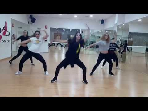Busta Rhymes ft. Nicki Minaj - Twerk It | Hip Hop | Anna Muñoz