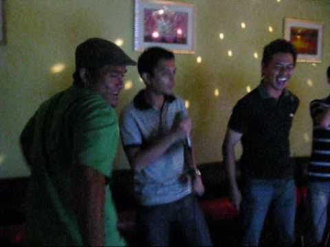 Singapore Karaoke Legends!